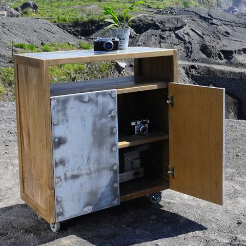 54081d0037b70e0615ec7357_NIYOME---High-Dresser-2-Doors---open_thumb.jpg