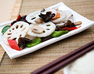 54dd59451db7daaf1eb36bae_Stir-fried-Lotus-with-Cashew-Nuts.jpg
