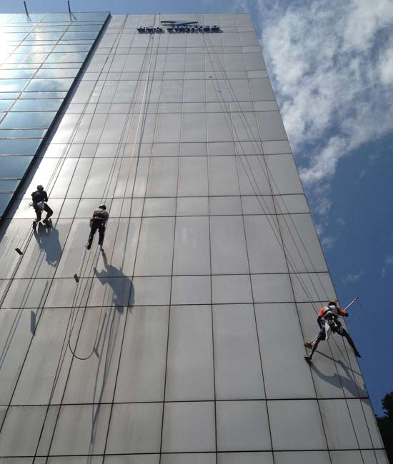 external facade cleaning pic 1