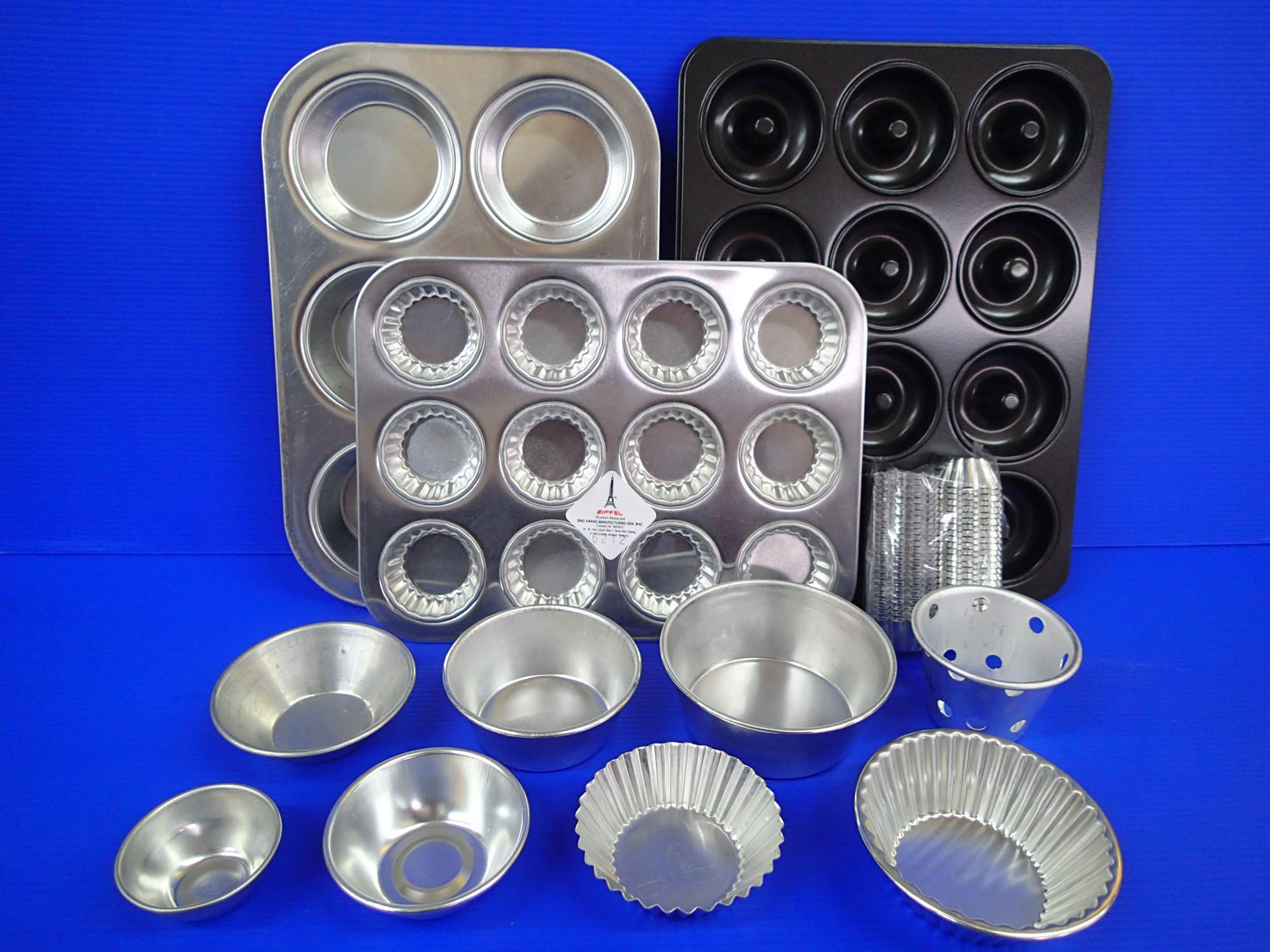 http://x1.sdimgs.com/sd_static/a/56580/H6+Baking+Tins+%26+Cups.jpg?v=20150119123750