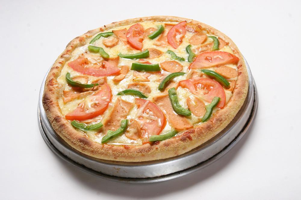 5398265876cdc5c767db44cb_Cheezy-pizza.jpg