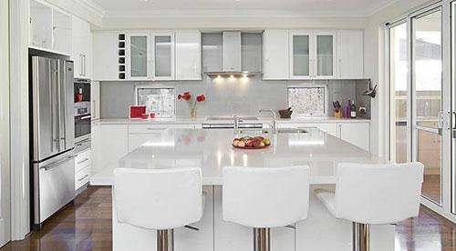Kitchen_White.jpg