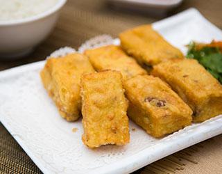 54dd5ba7761358d52c096cf6_Fried-Seafood-Stuffed-Beancurd.jpg