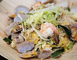 54dd6415761358d52c096d48_Signature-Wok-fried-White-Beehoon.jpg
