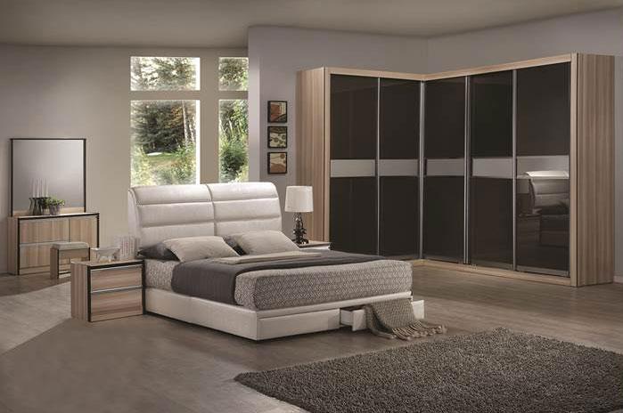 wardrobe. Black Bedroom Furniture Sets. Home Design Ideas