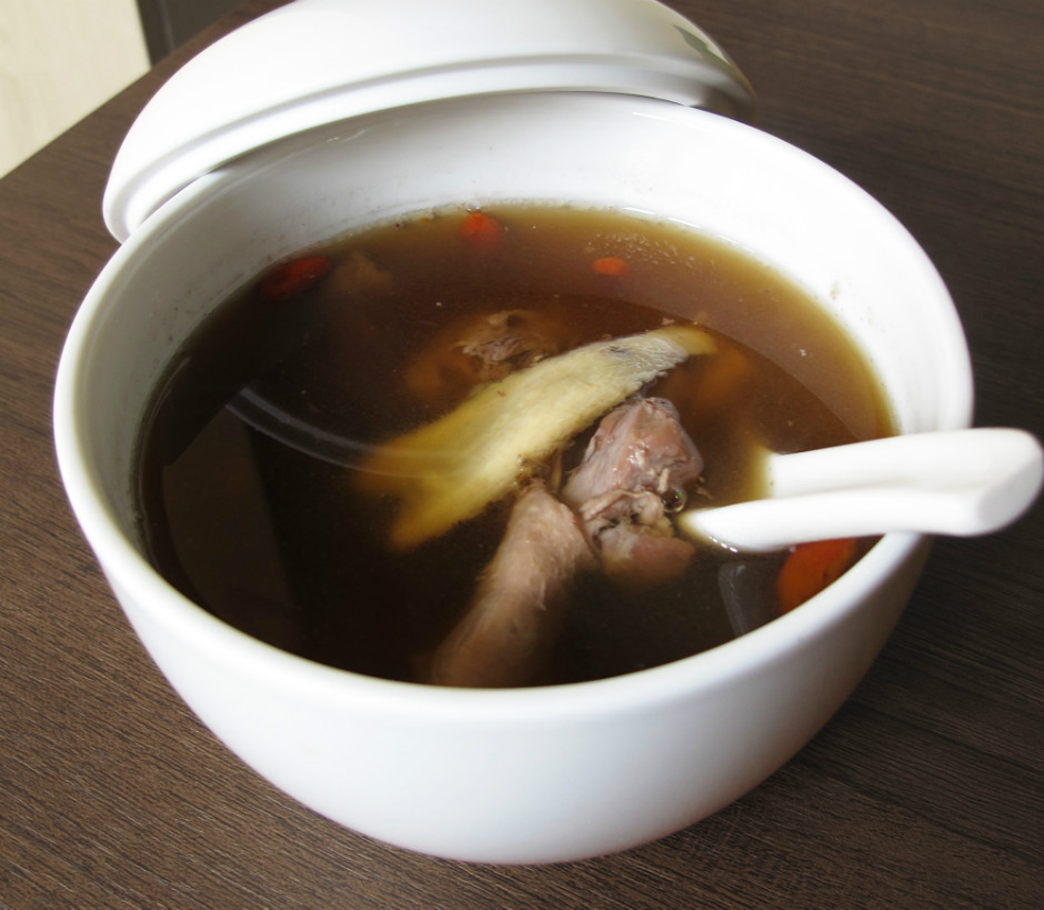 Danggui and Longan with Duck Soup